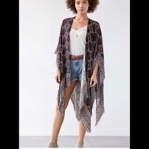 Ecote fringe geometric reversible kimono